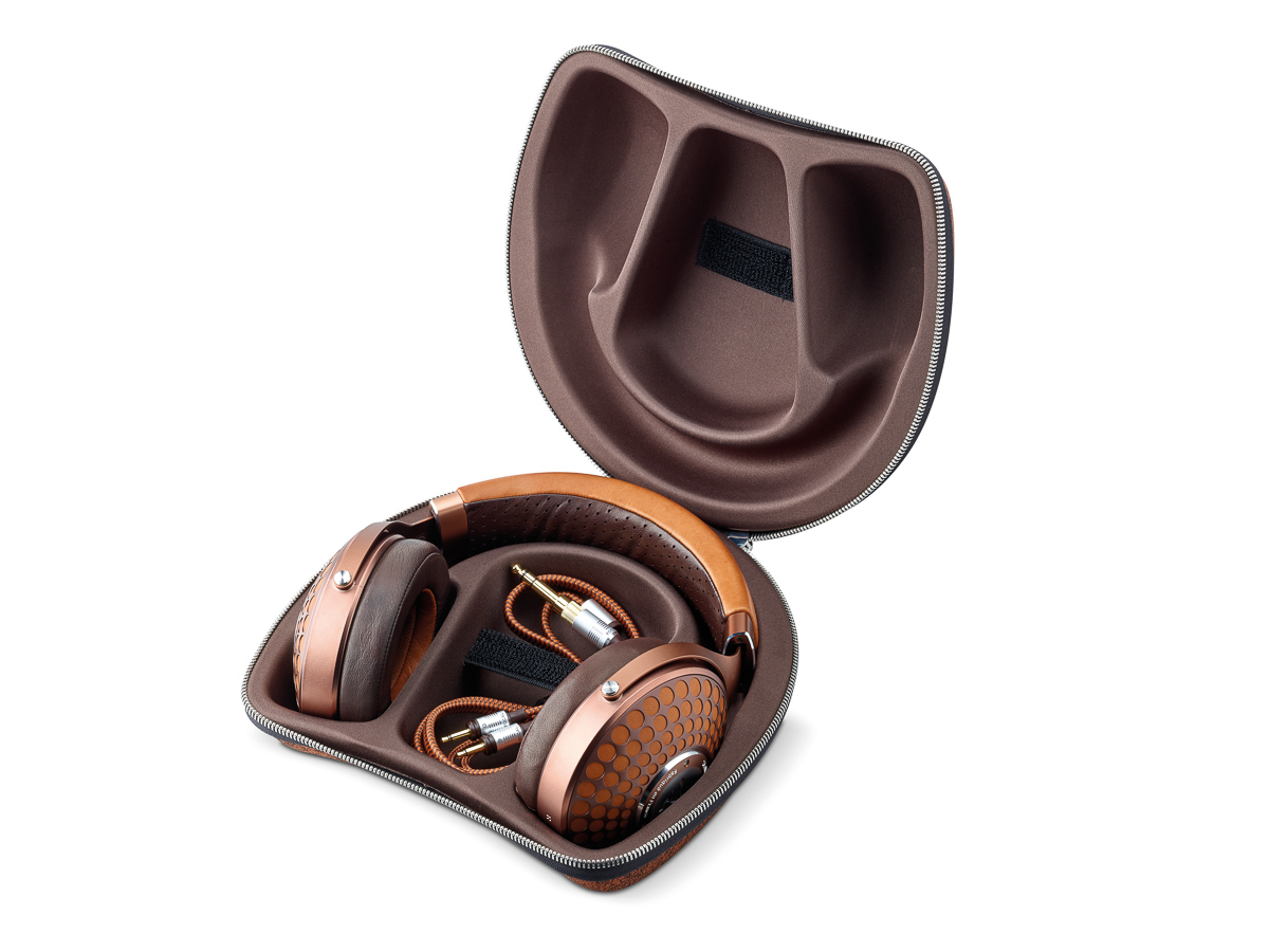 Focal Stellia closed back reference headphones